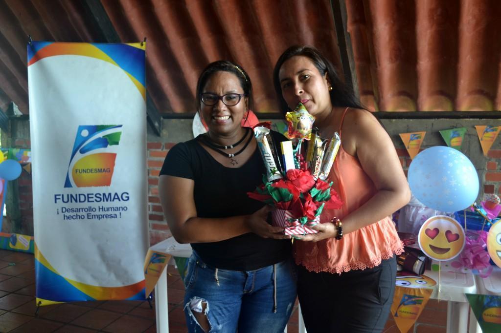 Erika Rivero posando con nuestra auxi.Administrativa de Aguachica Madred Zapata