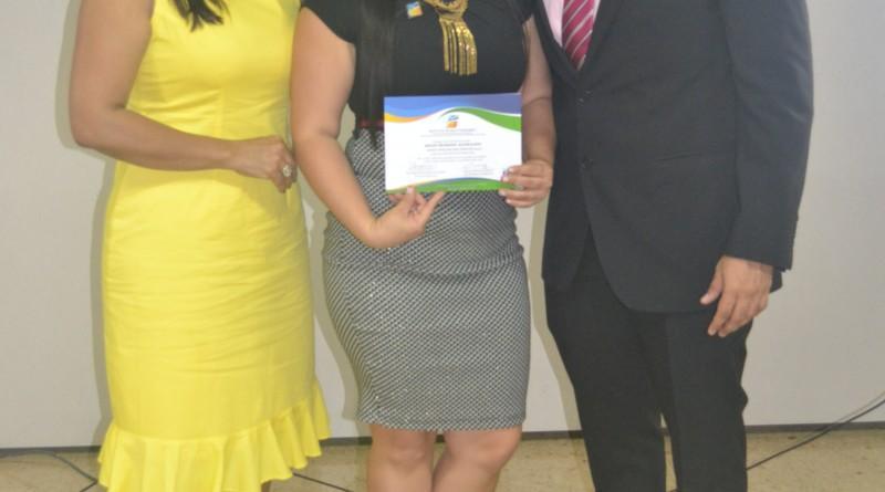 Dra.Elsy I.Machacado Sarmiento, Diana Carolina Díaz Sanchez (estudiante con mayor promedio acumulado) Gerson Silva Coordinador Academico Instituto Técnico Fundesmag
