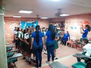 Taller coordinado por estudiantes de Apoyo Comunitario