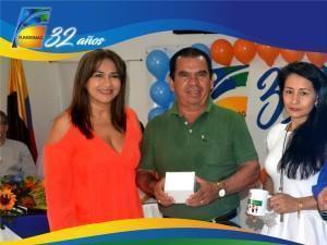 Martha Pereira Coordinadora de crédito y cartera junto a microempresarios AAA